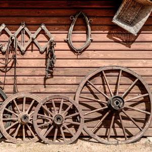 ruedas-carro-viejo-estilo-rustico